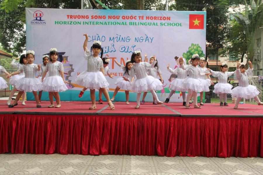 Vietnamese Teachers' Day Celebration at Horizon